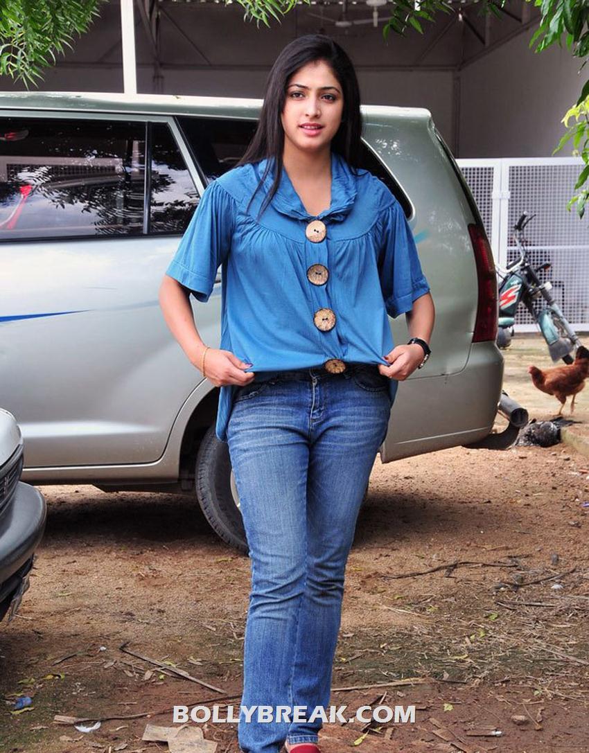 , Haripriya Latest Pics In Denim Jeans & Shirt - 2012