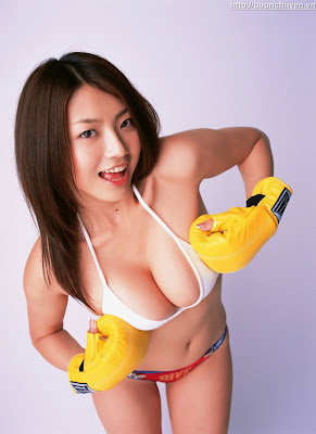 asian girl hot boxer