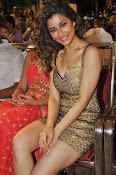 Madhurima latest sizzling photos-thumbnail-11