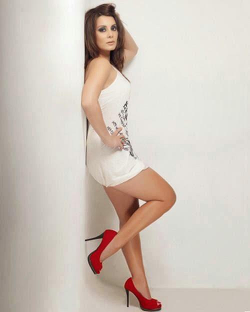 manissha lamba hot hd legs pics