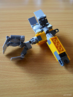 lego wall-e: little yellow arms