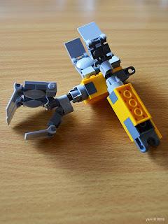 lego wall-e: little yellow arms