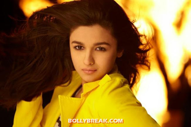 Alia Bhatt Karan Johars Student Of The Year 2012 Bollywood Movie -  Hottest Debutantes Of Bollywood 2012