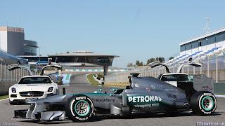 Foto-Mobil-Mercedes-W04-F1-2013_5