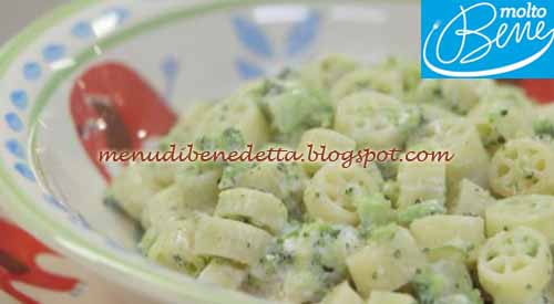 Mini ruote con pesto di broccoli ricetta Parodi per Molto Bene su Real Time