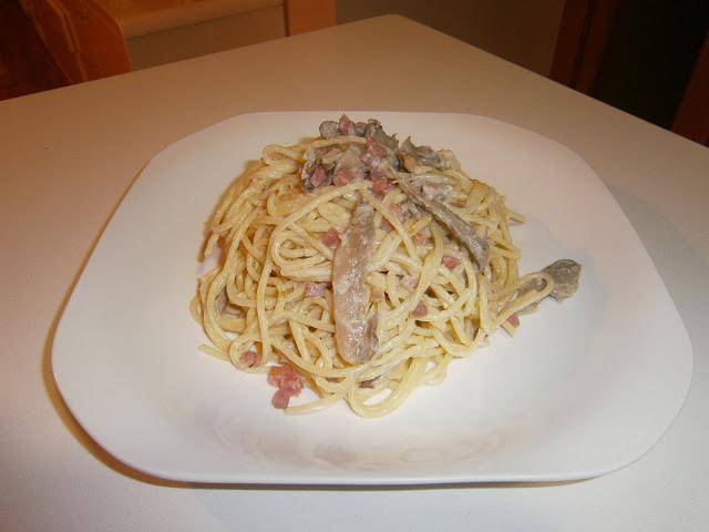 Espaguetis Blue Stilton (Con queso azul y setas)