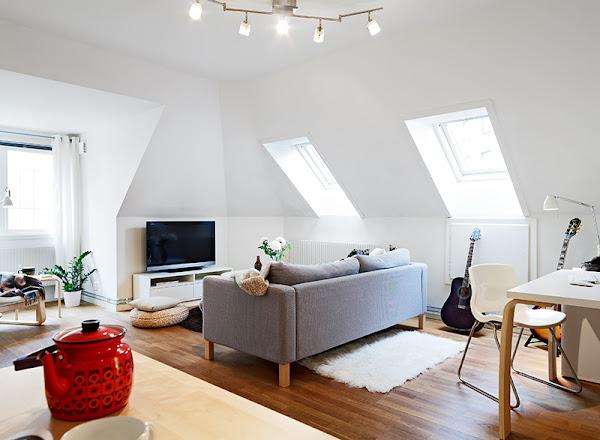 Apartamento abuhardillado decorar tu casa es - Banos abuhardillados ...