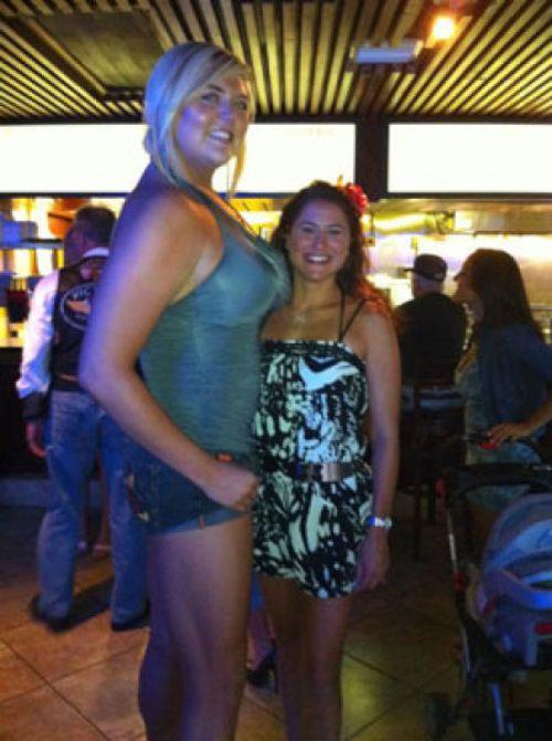 huge girl 7 ΔΕΙΤΕ: Η ψηλότερη και δυνατότερη ξανθιά στον κόσμο!!!