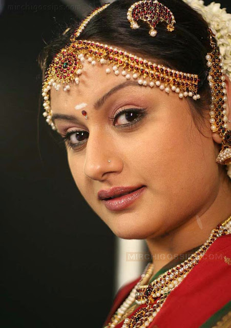 Tamil Sxe http://celebprofile.blogspot.com/2011/06/sonia-agarwal-marriage-divorce-photos.html