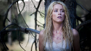 Amber Heard en Encerrada