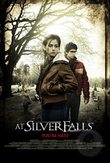 Ver online: At Silver Falls (2013)