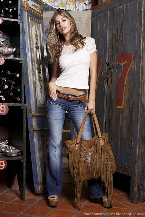 Looks de moda verano 2015: pantalones oxford y remeras Ossira primavera verano 2015.
