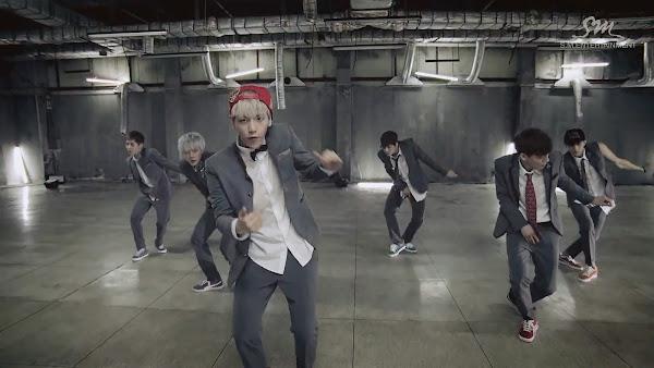 EXO Baekhyun Growl