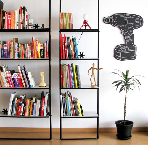 Peppermags diy pipe shelves for Diy industrial bookshelf