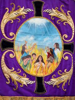 Estandarte de la cofradía de Animas y Santo Cristo de afuera de San Martín
