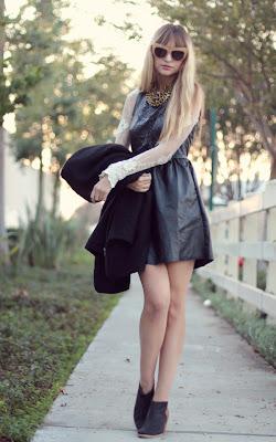leatherdress.jpg (650×1041)