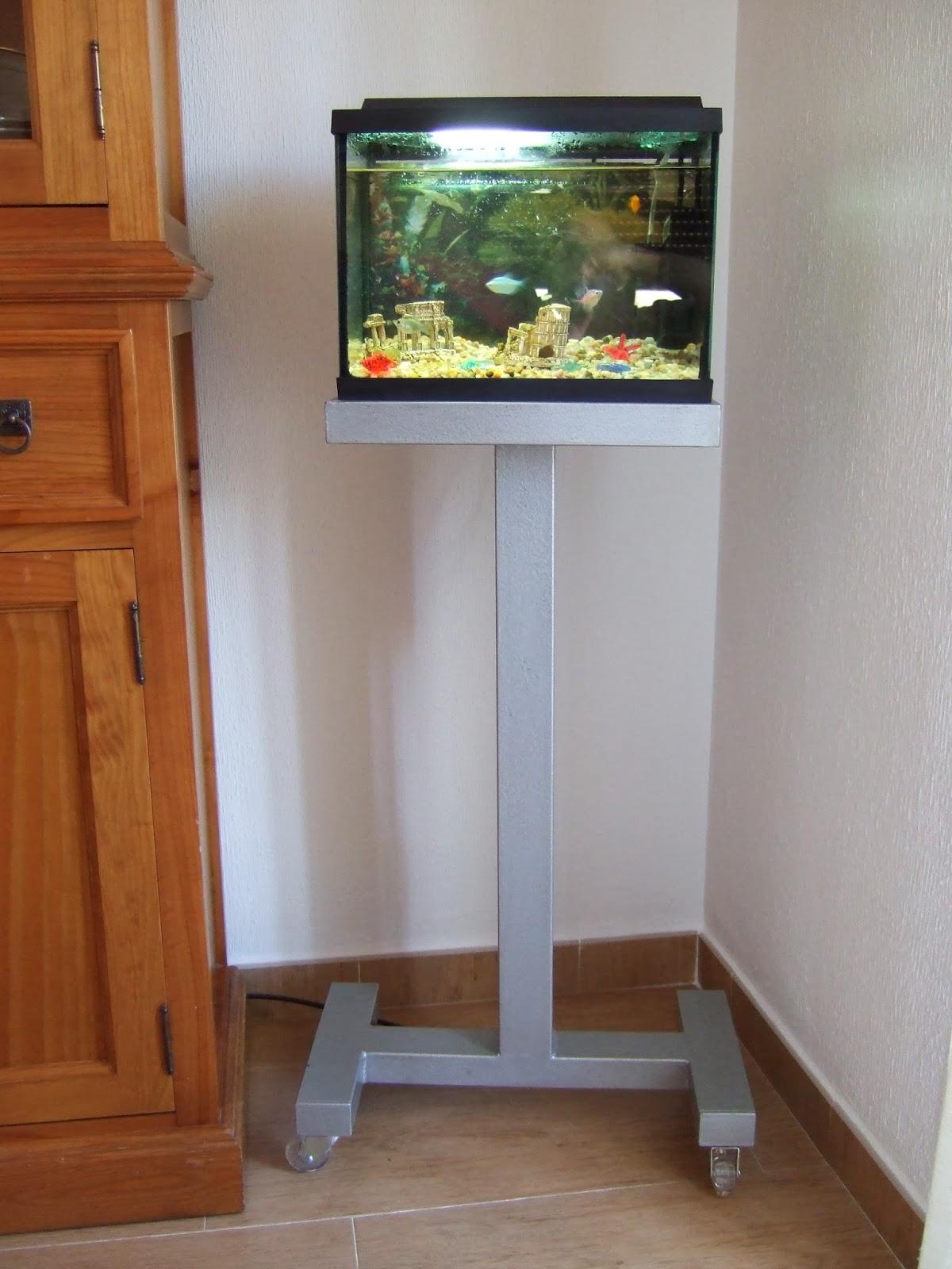 Construccion de mueble aparador para acuario portalpez for Mueble acuario