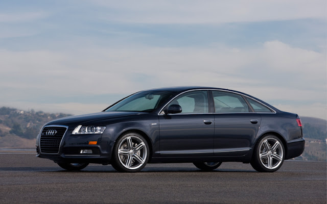 Side view of dark gray 2012 Audi A6