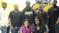 UW-M STUDENTS
