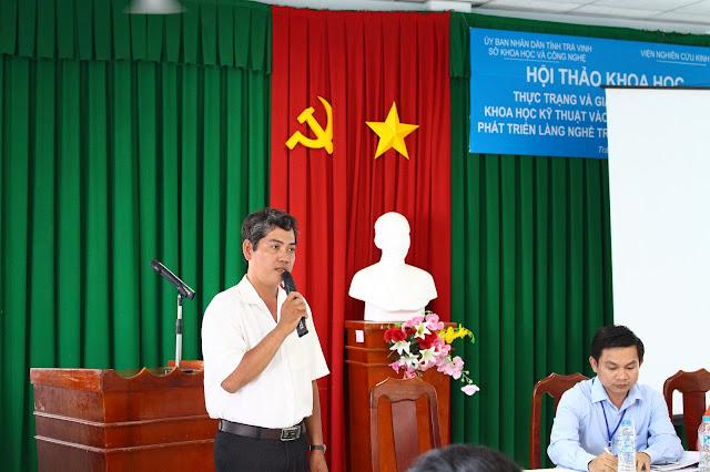 Ông Trần Văn Út Tám - Trưởng phòng Quản lý Khoa học, Sở Khoa học và Công Nghệ tỉnh Trà Vinh phát biểu tại Hội thảo