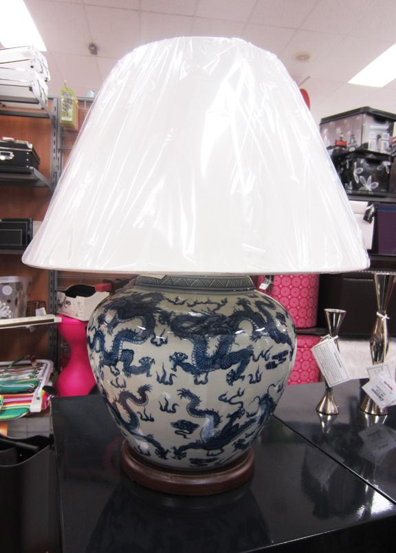 apartmentf15: ralph lauren blue&white asian style lamps