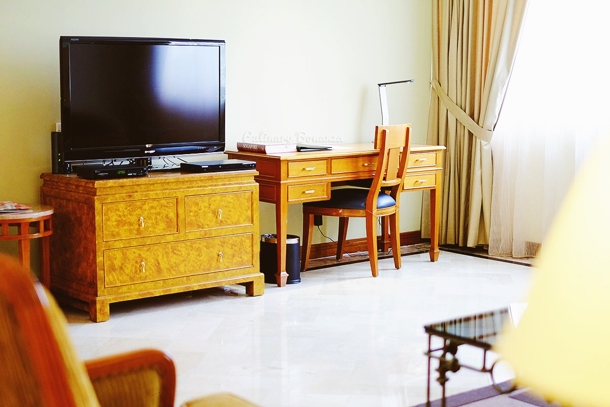 Orchard Parksuites Singapore (www.culinarybonanza.com)