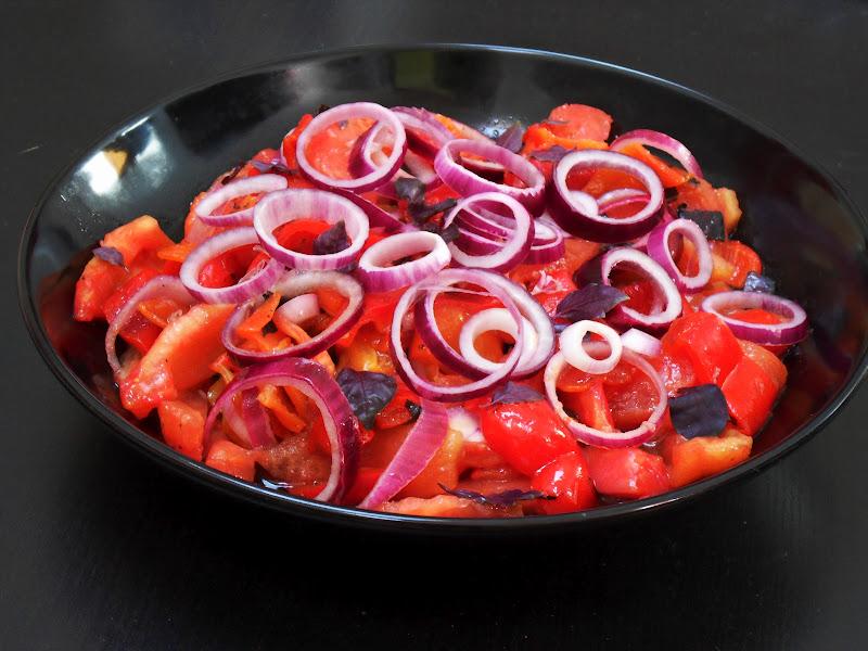 Diana 39 s cook blog salade de poivrons rouges grill s comment griller et peler les poivrons - Comment cuisiner des poivrons ...