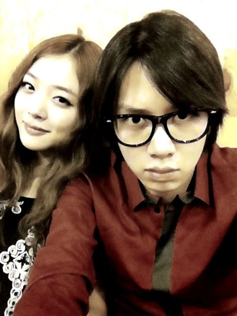 f%28x%29+sulli+triple+crown+inkigayo+with+Heechul+%283%29.jpg