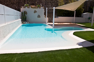 Piscina de arenas tropicales en color coral lucas gunitec for Colores ph piscina