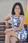 Dhanya Balakrishna latest dazzling pics-thumbnail-20