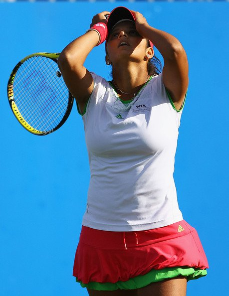 sania mirza aegon open clic - august 2011 actress pics