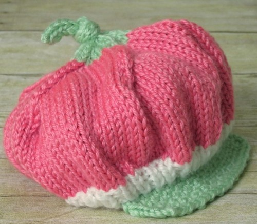 Baby Strawberry Hat - Free Pattern