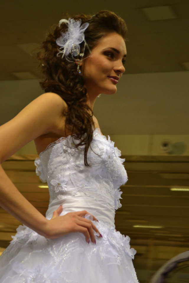 Macarons and Pearls Wedding dress runway