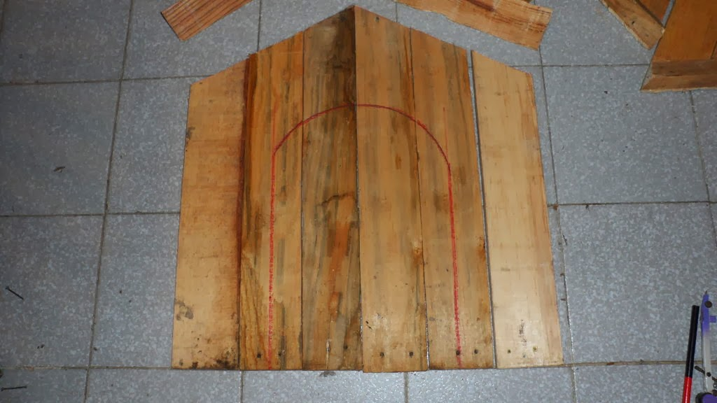 Como construir una puerta de madera ideas de disenos for Como reciclar puertas de madera