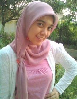 bagi yang baru menggunakan jilbab atau yang biasanya tidak memakai