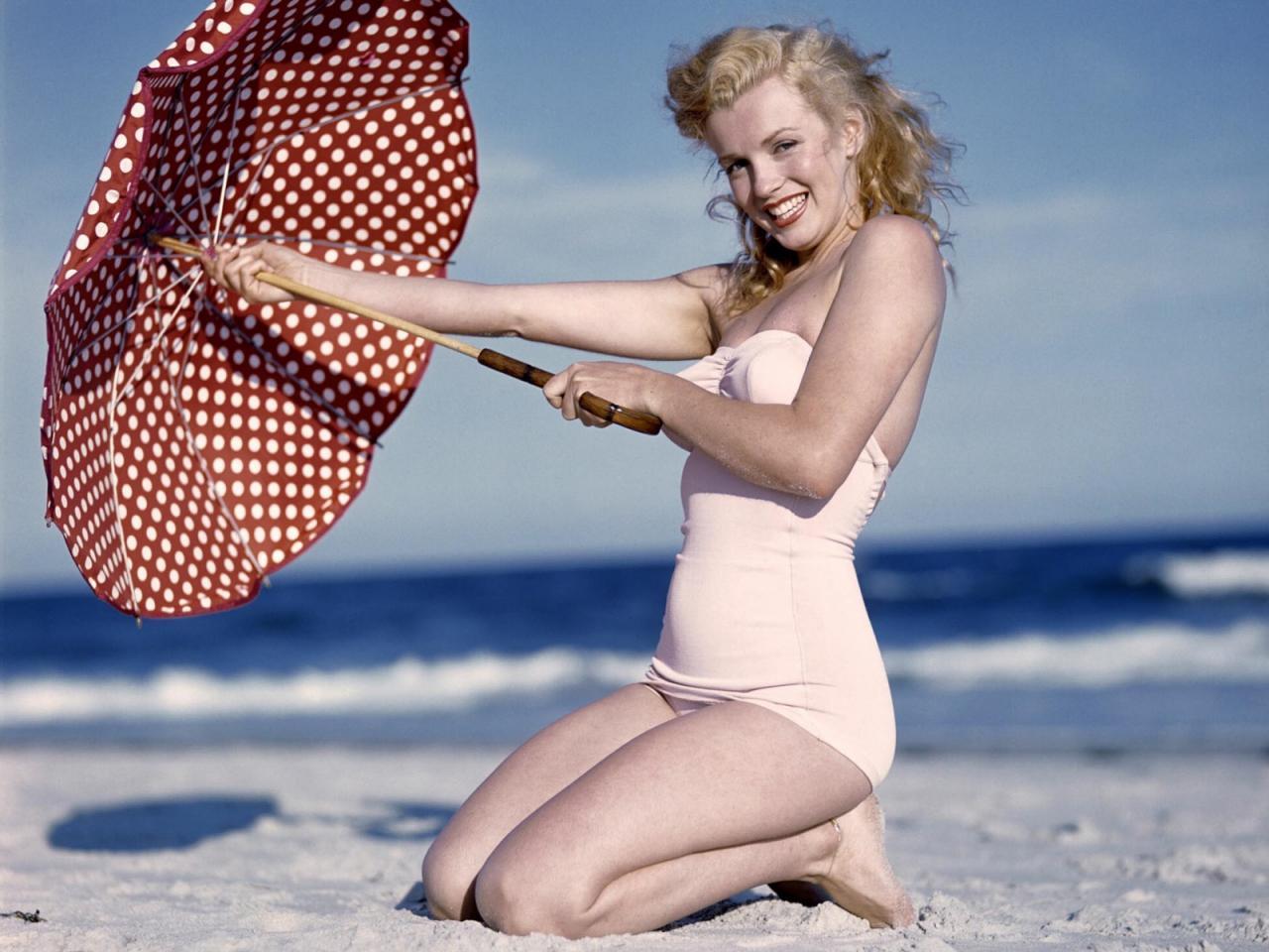 http://3.bp.blogspot.com/-rXY52P_Jd_8/ToRfDOE_hSI/AAAAAAAACiA/TIdT5ItWTiA/s1600/Marilyn_Monroe+%25281%2529.jpg