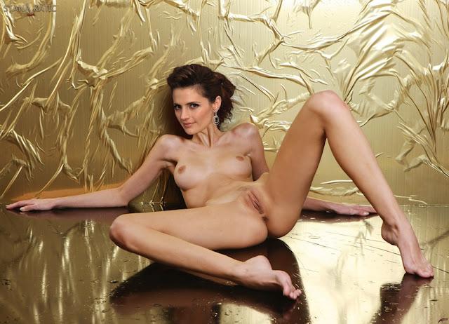 petite sexy fuck woman
