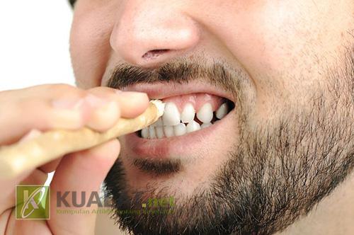 Impotensi Bisa Terjadi Dari Kebiasaan Anda Malas Sikat Gigi
