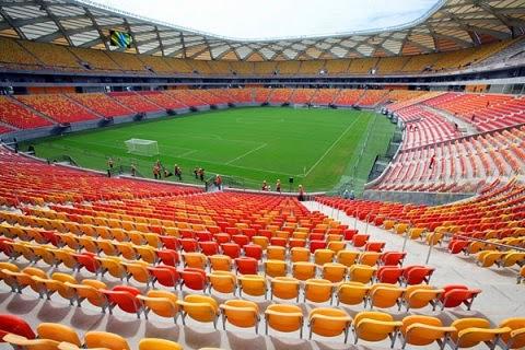 Fontes na Fifa confirmaram à reportagem que o esforço da entidade é o de demonstrar que os estádios erguidos para a Copa do Mundo, alvos de muita polêmica, foram bons investimentos. Além da capital do Amazonas, os jogos ocorrerão em São Paulo, Brasília, Salvador, Belo Horizonte e em dois estádios no Rio: o Engenhão e o Maracanã.