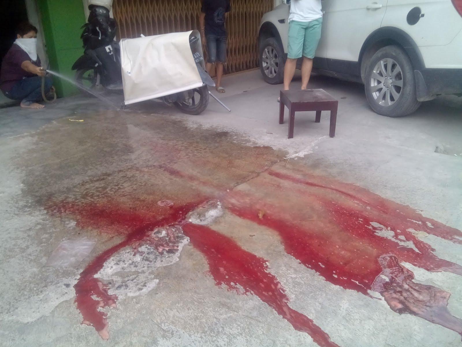 foto-darah-bekas-jatuhnya-bocah-4-tahun