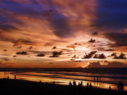 クタビーチから前(2012年2月時)に撮った夕焼け