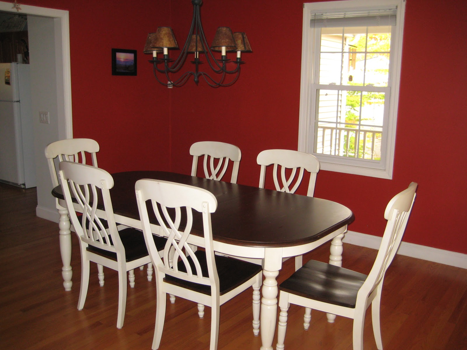 happily barefoot red dining room goes weimaraner. Black Bedroom Furniture Sets. Home Design Ideas
