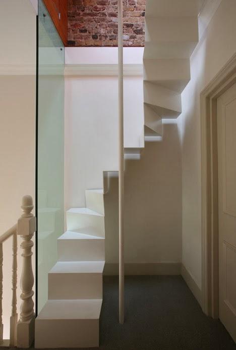 Blog de decora o arquitrecos escadas para pequenos - Cerrar escalera caracol ...
