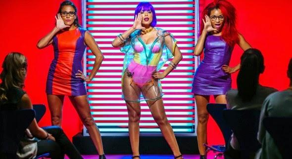 "Assista ""Na Batida"" novo clipe de Anitta"