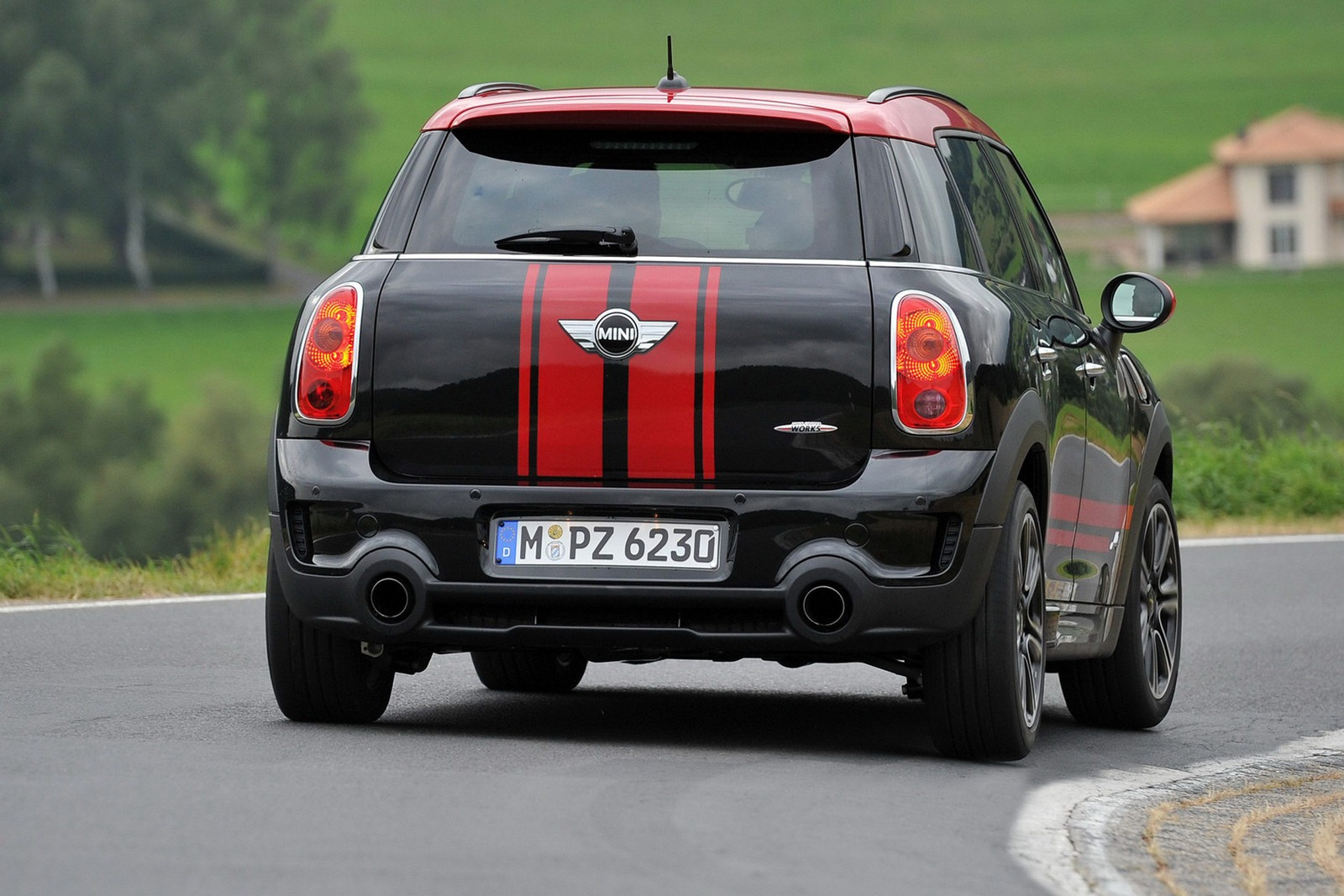 press release mini countryman john cooper works town country bmw. Black Bedroom Furniture Sets. Home Design Ideas