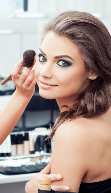 How to Get the Makeup Look You Want at the Salon or Makeup Counter