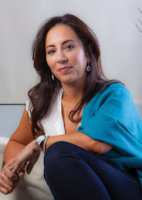 Author, Aline Ohanesian
