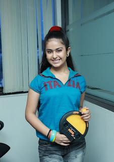 sonali bendra avika gor at let s just play nick show launch movie event stills023.jpg