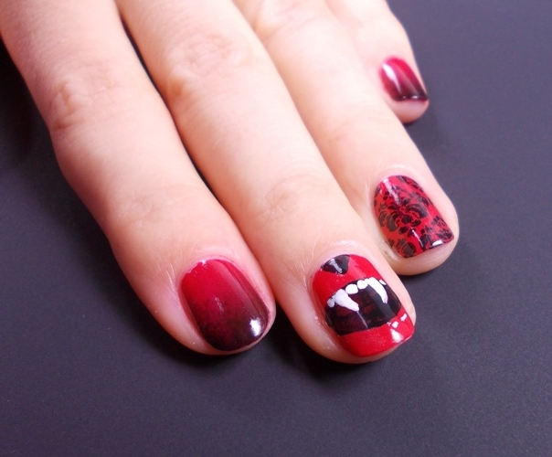 halloween mani nails vampire fangs