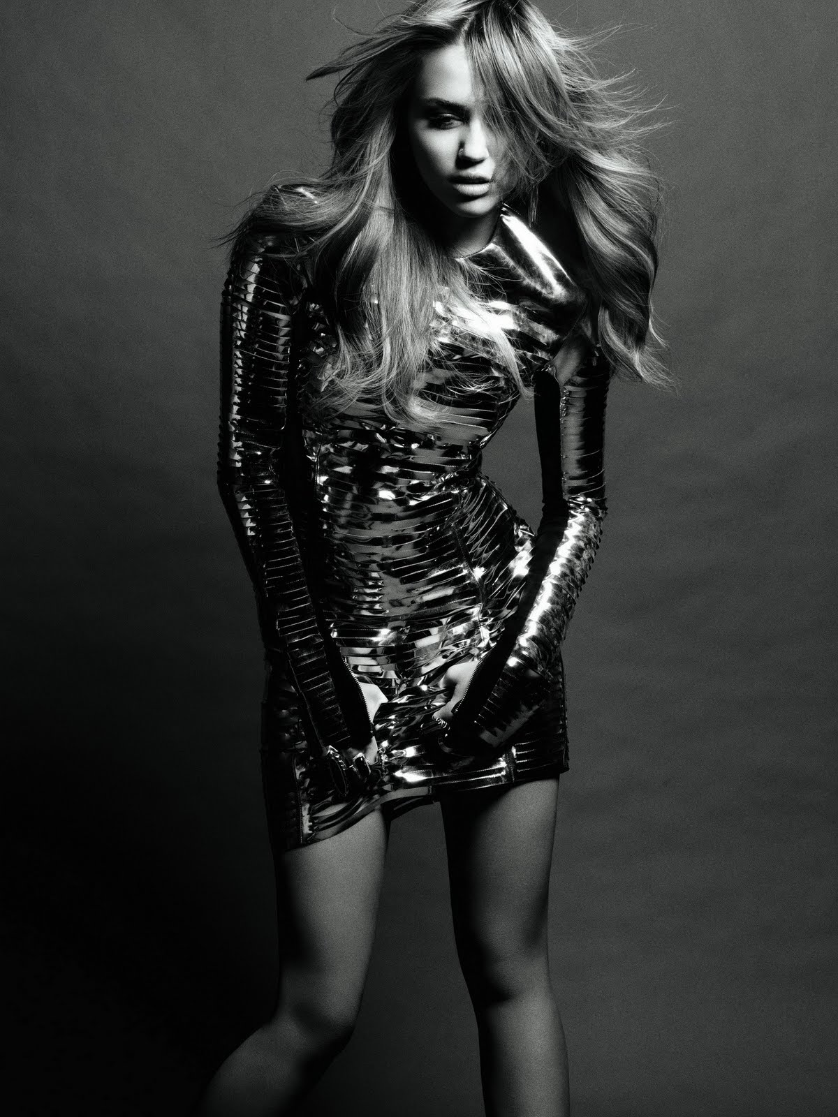 http://3.bp.blogspot.com/-rYmT4jemShg/TWi8FmoSgKI/AAAAAAAAIA8/SpWcPiIhYhk/s1600/Miley-Cyrus-56.jpg